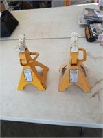 2- 3 ton jack stands