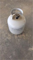 5 gallon propane tank, full and hose with