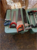 Box of miscellaneous saws. 7 pics and some