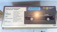 AMT Ertl 1994 Pontiac Firebird 1/25 Scale Model