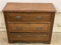 Antique pine 3-drawer chest