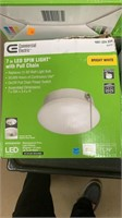 5 assorted lights 4 flush mount and 1 profile