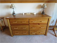 Matching Chest of Drawers & Dresser