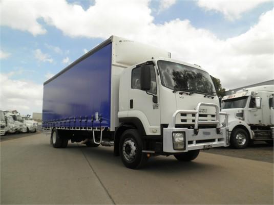 2009 Isuzu FVD - Trucks for Sale