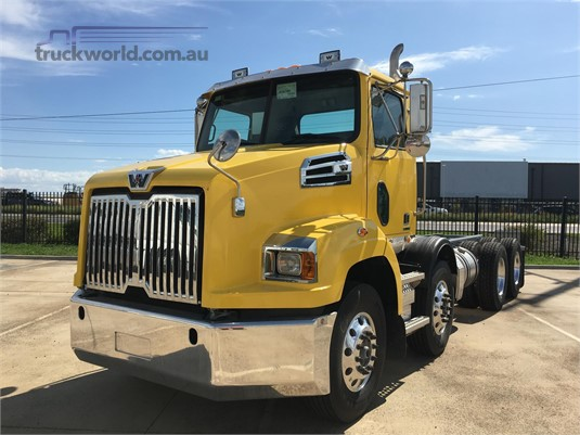 2020 Western Star 4700SB - Trucks for Sale