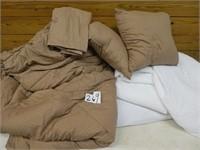 Comforter set and 2 mattress pads