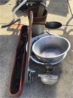 Dish pan, lantern, bucket, Metal tray