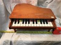 jaymar child's toy Piano