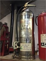Pyrene water fire extinguisher