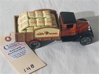 Ertl Fleet Farm Bank -2001