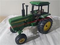 Ertl 4255 J.D. Tractor