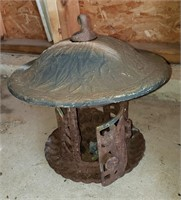 Bird feeders/ House