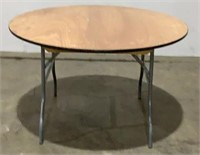 (qty - 6) 4' Folding Event Tables (6x the bid)