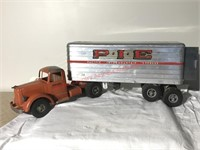 Smith Miller Mack Semi- Pie Trailer