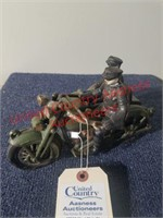 Hubley cast iron Harley Motorcycle w/side car