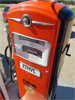 Restored Bennet Gas Pump