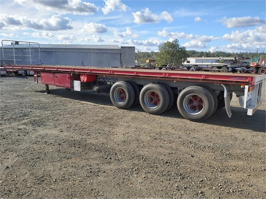 2006 Freighter Flat Top Trailer - Trailers for Sale