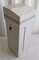 New in Box Hague Model WMBT 22