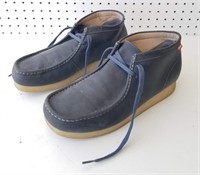 Leather Clarks Size 11