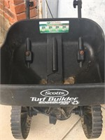 Used Scotts Turf Builder Spreader