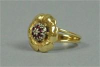 14K DIAMOND & RUBY FLOWER RING