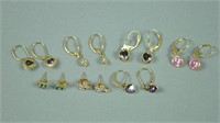 (7) PAIRS GOLD EARRINGS