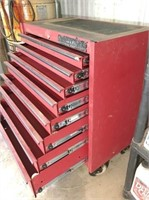 8-drawer tool chest on wheels 33x18x41 H