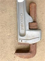 """Rigid 36"""" aluminum pipe wrench"""