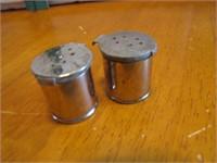 "Vtg American Airlines Metal Salt & Pepper 1"""