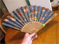 """Vintage Folding Hand Fan 22"""" x 11&1/2"""""""