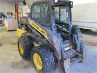 2012 NEW HOLLAND L220 WHEELED SKIDSTEER