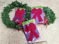 Wreaths & Bows