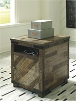 Ashley T849-7 Cordayne Chairside End Table