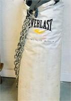 Everlast hanging punching Bag