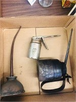 3 old oil can lots