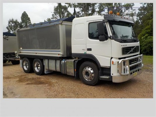 2009 Volvo FM13 Steve Penfold Transport Pty Ltd  - Trucks for Sale