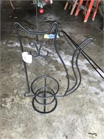 Wire Cat Plant Stand
