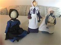 "Amish ""No-Face"" Dolls"
