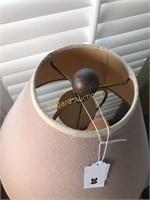 TABLE LAMP W/METAL BASE