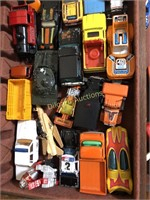 LARGE LOT OF TOY CARS; INCLUDING HOT WHEELS, MORE