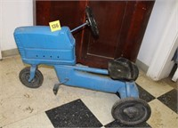 old metal pedle  tractor (as is)
