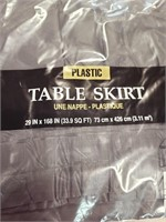 3 Table Skirts & Napkins