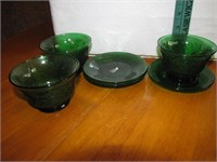 5 Vintage Forest Green Sherbets & 5 Underplates