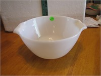 Vintage Fire King Mixing Bowl 8&3/4x4&1/4