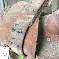 roping saddle & blanket