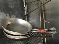 "4 Fry Pans - 10"""