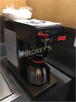 Bunn Coffee Maker w/ Hot Water Dispenser - newer