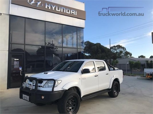 2010 Toyota Hilux Sr 4x4 Auto Adelaide Quality Trucks & AD Hyundai Commercial Vehicles  - Light Commercial for Sale