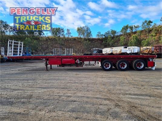 2000 Haulmark Flat Top Trailer Pengelly Truck & Trailer Sales & Service - Trailers for Sale