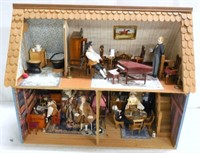 200620 - Doll and Sewing Machines Sale